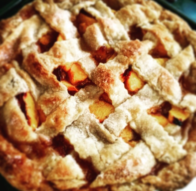 Lattice Peach Pie – alostbutton
